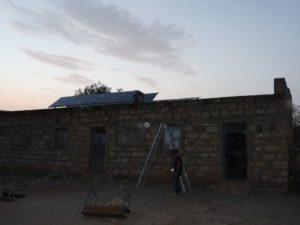 3-2 Schule in Adi Gulti mit Solarzellen